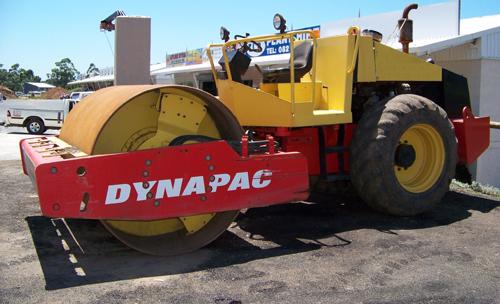 DYNAPAC CA250 10T SMOOTH DRUM ROLLER